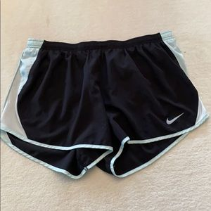 Nike dry fit lined shorts size extra large